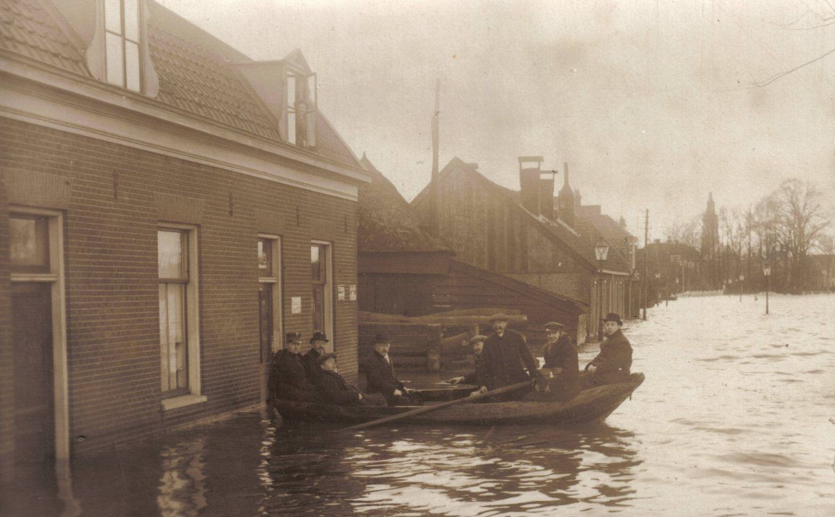 8- Nijkerk Spoorstraat_1916