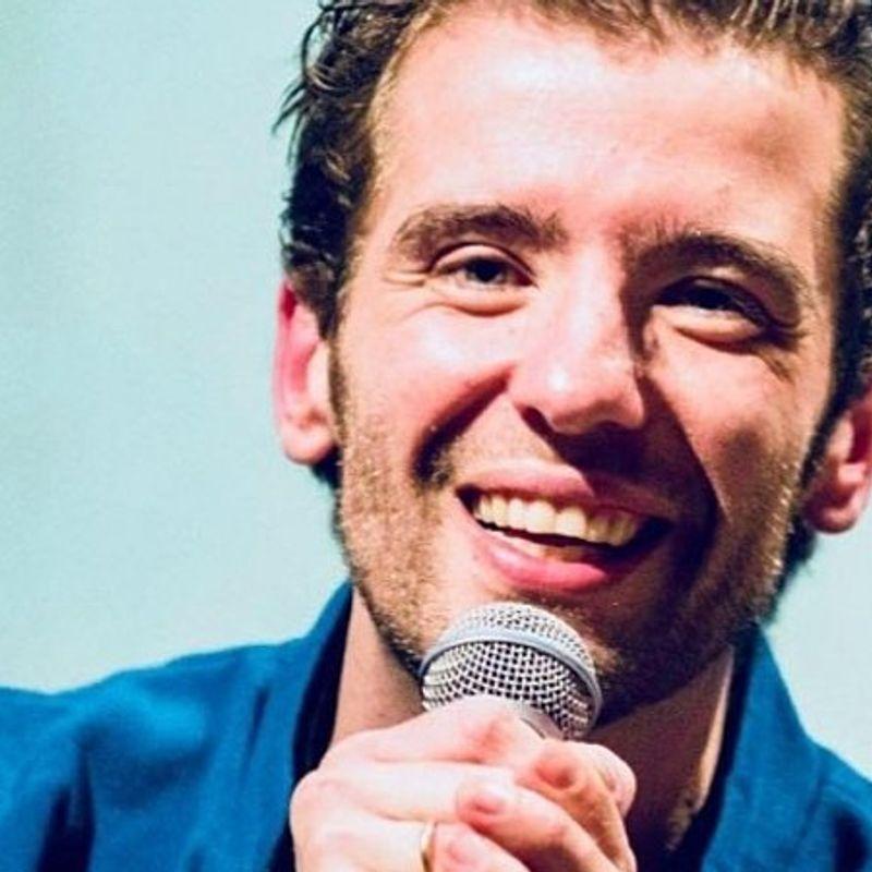 Martin Brand in Nederland Zingt. Zing je uit volle borst met ons mee?